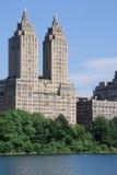Appartements de tour photos libres de droits