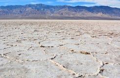 Appartements ridés de sel au bassin de Badwater dans le Death Valley national Photos libres de droits