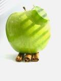 Appel & kaneel stock afbeelding