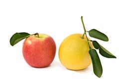 Appel en sinaasappel Stock Foto's