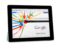 Appel Ipad2 met Google+- Project Royalty-vrije Stock Fotografie