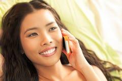 Appel téléphonique de femme photos stock