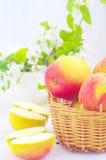 appelen in de mand Royalty-vrije Stock Afbeelding