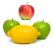 Appelen en citroen Stock Afbeelding