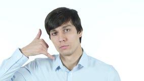 Appelez-moi geste par l'homme d'affaires, joignez-moi, ligne d'aide, jeune, clips vidéos