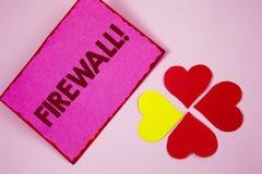 Appell för Firewall för ordhandstiltext Motivational Affärsidéen för Malware skydd förhindrar internetbedrägerier som är skriftli royaltyfri foto