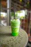 Appelsap groene smoothie Royalty-vrije Stock Foto's