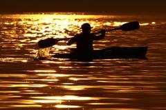 Appena voi, acqua e tramonto. Fotografie Stock Libere da Diritti