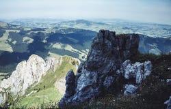 Appenzell Gästgivargård-till-gästgivargård fotvandra fotografering för bildbyråer