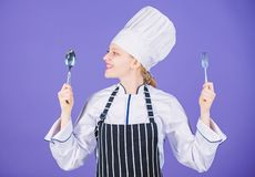 Appetit und Geschmack Traditionelle kulinarische Mahlzeit Berufskoch und zu Hause kochen Geschmackvolles selbst gemachtes Lebensm stockfotografie