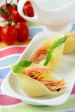 Appetizer pasta shells with shrimp Royalty Free Stock Images