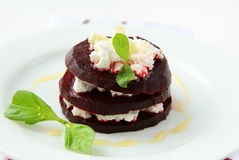 Appetizer salad of beets and goat cheese Royalty Free Stock Photography