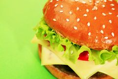 Appetizing cheeseburger Royalty Free Stock Images