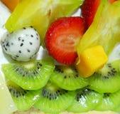 Appetizing fruit pie Royalty Free Stock Photos