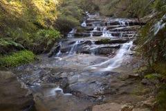 Applådera vattenfallet Arkivfoton