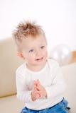 Applaudissement de bébé Photographie stock libre de droits