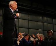 Applaudissements de John McCain Photo libre de droits