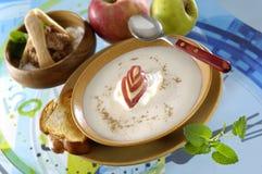 Apple纯汁浓汤汤 库存照片