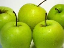 Apple är frukten för nummer ett i den grundläggande människan bantar Smaken och fördelarna av denna som man har råd med frukt har royaltyfria foton