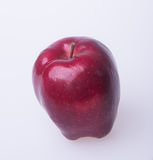 Apple ή κόκκινο μήλο σε ένα υπόβαθρο Στοκ Εικόνες
