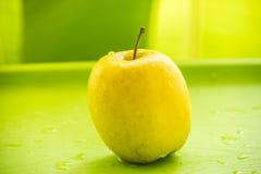 Apple κίτρινη στοκ εικόνα