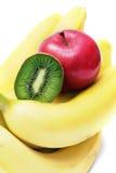 Apple και ακτινίδιο στις μπανάνες, φρούτα Στοκ φωτογραφία με δικαίωμα ελεύθερης χρήσης