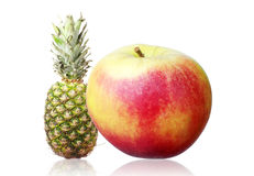 Apple και ανανάς Στοκ εικόνες με δικαίωμα ελεύθερης χρήσης