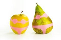 Apple και αχλάδι σε ένα κοστούμι λουσίματος Στοκ Εικόνες