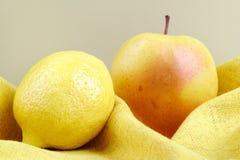 Apple και λεμόνι Στοκ Φωτογραφία