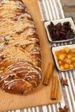Apple και κέικ σταφίδων Στοκ Φωτογραφίες