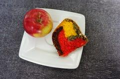 Apple και κέικ Στοκ Φωτογραφίες