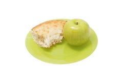 Apple και μια φέτα του ψωμιού σε ένα πιάτο Στοκ εικόνα με δικαίωμα ελεύθερης χρήσης