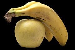 Apple και μπανάνες Στοκ εικόνες με δικαίωμα ελεύθερης χρήσης
