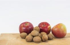 Apple και ξύλο καρυδιάς Στοκ Εικόνα