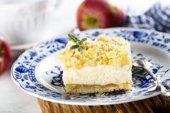 Apple και πίτα τυριών εξοχικών σπιτιών Στοκ Φωτογραφίες