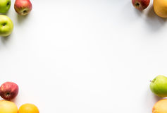 Apple και πορτοκαλί πλαίσιο φρούτων Στοκ εικόνα με δικαίωμα ελεύθερης χρήσης