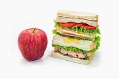 Apple και σάντουιτς λεσχών Στοκ εικόνες με δικαίωμα ελεύθερης χρήσης