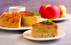 Apple και φέτα κέικ κανέλας Στοκ Φωτογραφία