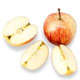 Apple και φέτες μήλων στο άσπρο υπόβαθρο Στοκ Φωτογραφίες