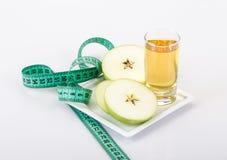 Apple και χυμός μήλων Στοκ φωτογραφία με δικαίωμα ελεύθερης χρήσης