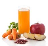 Apple, καρότο και κόκκινος χυμός μιγμάτων φασολιών Στοκ Εικόνες