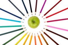 Apple με τα κραγιόνια Στοκ φωτογραφίες με δικαίωμα ελεύθερης χρήσης