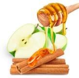 Apple με το μέλι και την κανέλα Στοκ εικόνα με δικαίωμα ελεύθερης χρήσης