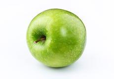 Apple με το φύλλο στο άσπρο υπόβαθρο Στοκ φωτογραφίες με δικαίωμα ελεύθερης χρήσης