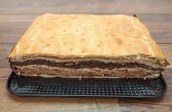 Apple, ξύλο καρυδιάς, και κέικ σπόρου παπαρουνών Στοκ εικόνα με δικαίωμα ελεύθερης χρήσης