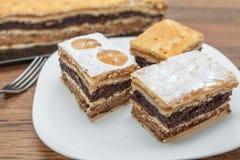 Apple, ξύλο καρυδιάς, και κέικ σπόρου παπαρουνών Στοκ εικόνες με δικαίωμα ελεύθερης χρήσης