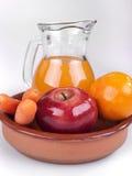 Apple, πορτοκάλι και καρότα Στοκ εικόνα με δικαίωμα ελεύθερης χρήσης