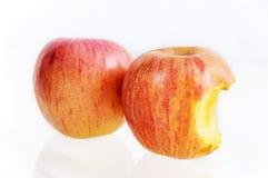 Apple που δαγκώνεται που απομονώνεται Στοκ Φωτογραφίες