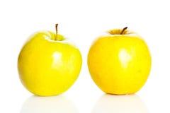 Apple που απομονώνεται στην άσπρη υγιή διατροφή φρούτων υποβάθρου Στοκ Εικόνες