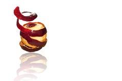 Apple που κόβεται με το μαχαίρι Στοκ Εικόνες